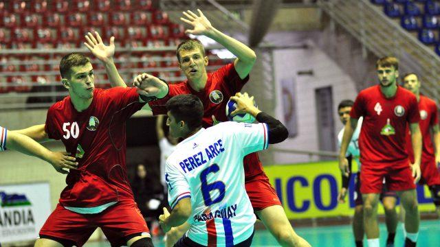 В 1/8 финала юниорского Чемпионата мира по гандболу белорусы сыграют с Катаром