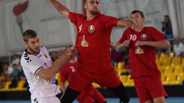 Белорусская юниорская сборная по гандболу пробилась в четвертьфинал Чемпионата мира