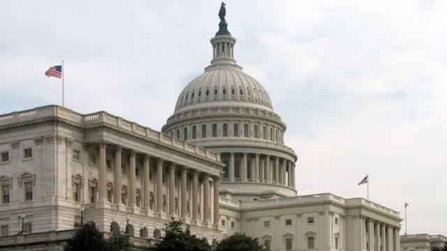 """Американский сенатор предложил наложить санкции на """"Беларуськалий"""""""
