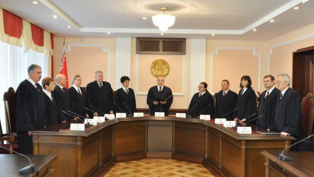 Свидетель в суде сможет воспользоваться квалифицированной юридической помощью