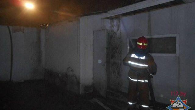 В Бобруйске спасатели предотвратили пожар на деревообрабатывающем предприятии