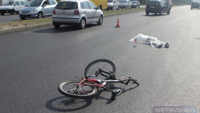На въезде в Брест насмерть сбили велосипедиста