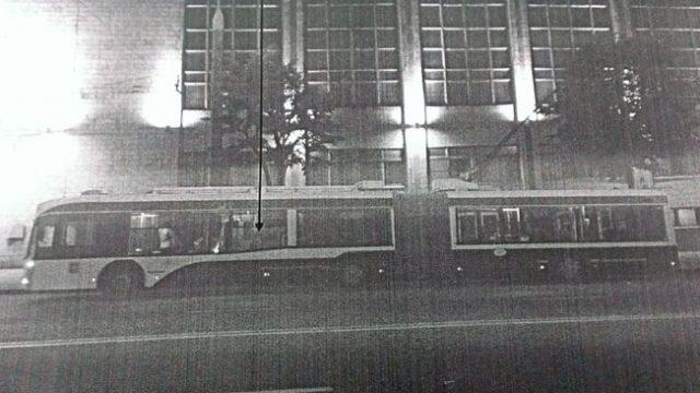 В Минске хулиганы обстреляли автобус из пневматики
