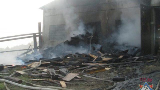 В Дзержинском районе горел рыбный цех