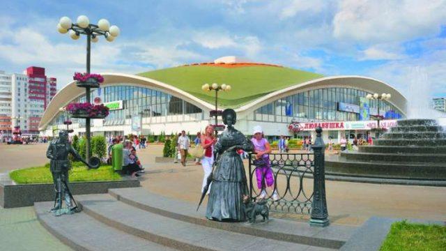 В период жары Комаровский рынок в Минске будет работать с 7 утра