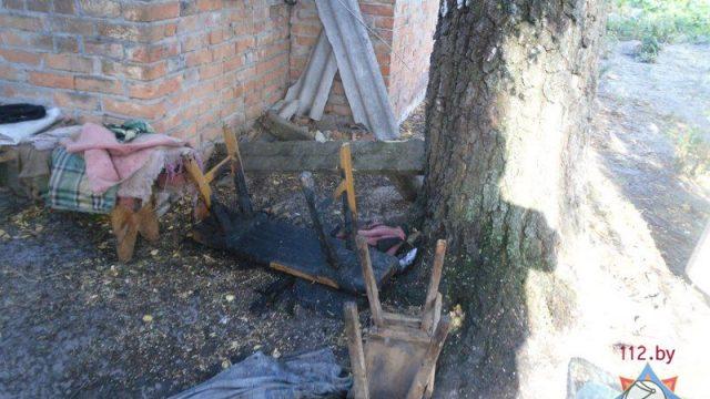 В Столинском районе пожарные спасли пенсионерку из горящего дома