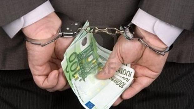 За подстрекательство к даче взятки в Гродно задержано двое мужчин