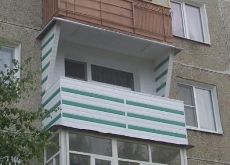 Житель Гродно хотел сбросить жену с балкона