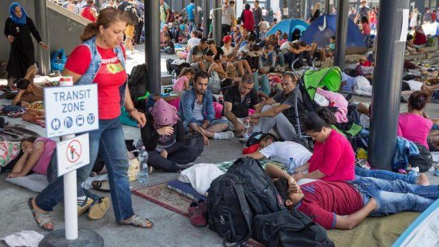 нелегальные мигранты в Будапеште