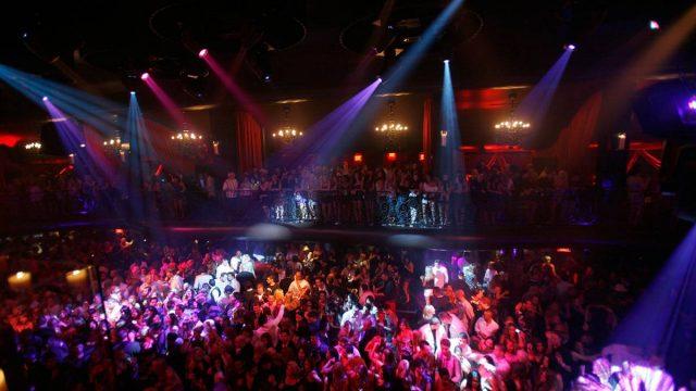 драка в ночном клубе