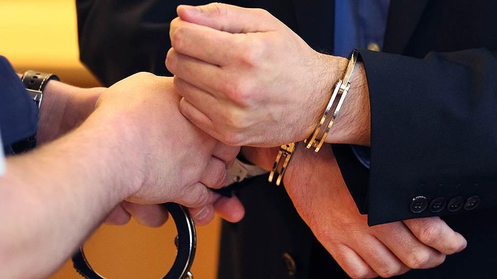 молчание Как доказать что взятколатель передает взятку за совершение незаконных действий Добрый вечер