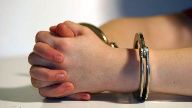 В минской школе ученик украл деньги у завуча