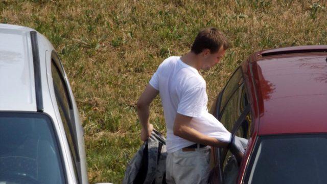 В Минске вор автомагнитолы попал на фото случайного свидетеля