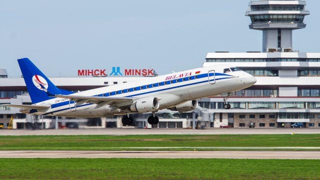 В Национальном аэропорту Минска до конца года появится четыре мобильных инфокиоска