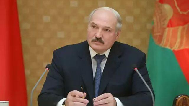 Лукашенко: В экономике мы достигли дна и ниже падать не имеем права