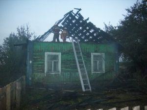 В Ивьевском районе местный житель спас от пожара семью