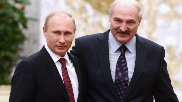 Владимир Путин официально поздравил Александра Лукашенко с победой на выборах