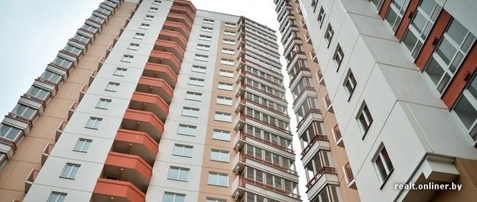 В Минске из окна 19-этажки насмерть разбился школьник
