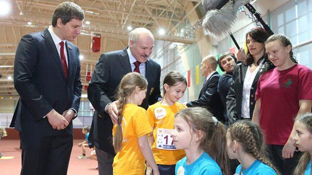 Лукашенко на празднике