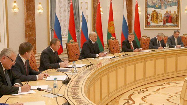Лукашенко про ограничения