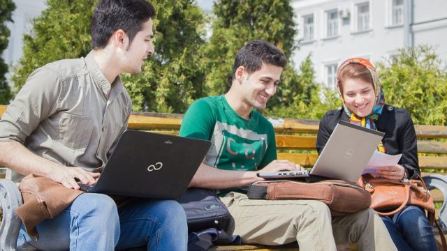 Неменее 27 тыс. выпускников поступили на«бюджет» в университеты