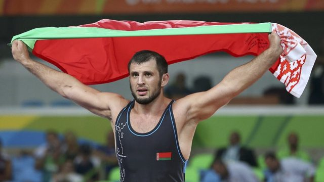 Джавид Гамзатов одержал победу бронзу наборцовском ковре вРио