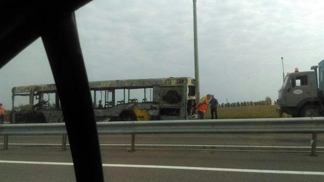 Автобус сдачниками зажегся под Минском