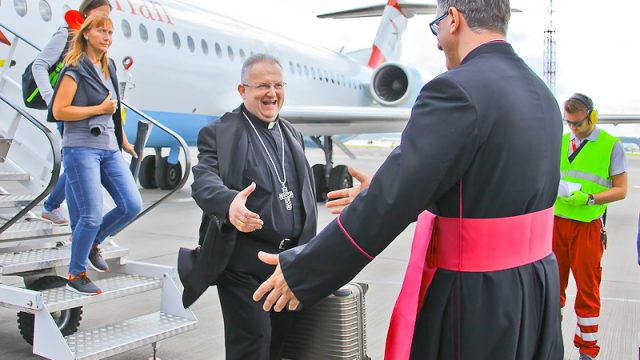 Папа Римский пообещал отыскать время для визита в Беларусь