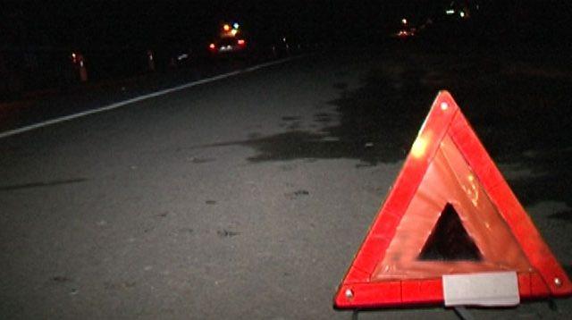 Мужчина умер под колесами машины продавщицы после покупки спиртного