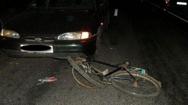 ВПружанском районе напешехода наехали два автомобиля «Форд»