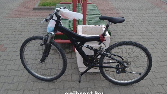 ВБресте 11-летнюю велосипедистку БВМ сбил на стоянке
