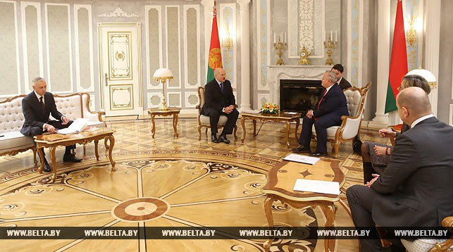 Лукашенко встретился вМинске спредставителями ОБСЕ
