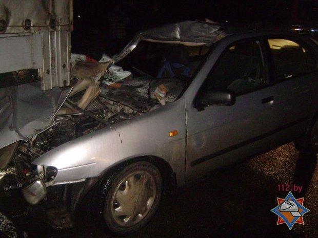 Ниссан въехал вполуприцеп вКировске: шофёр скончался в клинике