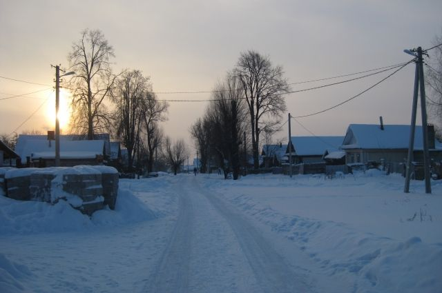 замёрз во дворе