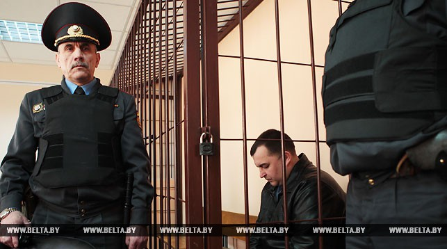 ВЛяховичах начался суд над бывшим управляющим Барановичской ГАИ