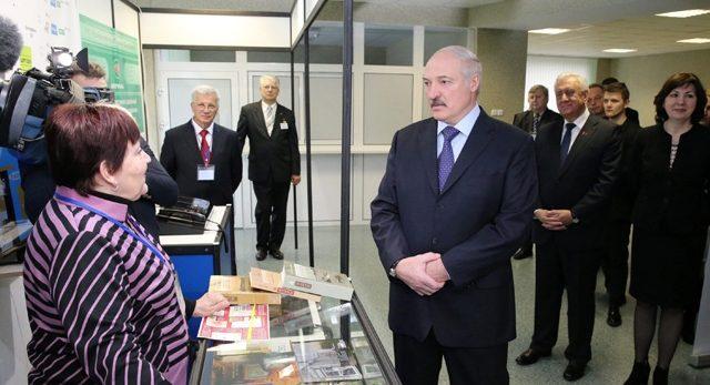 Некоторые ввиде тунеядства пробуют «раскачать лодку»— Лукашенко