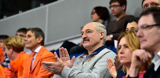 Лукашенко на теннисе