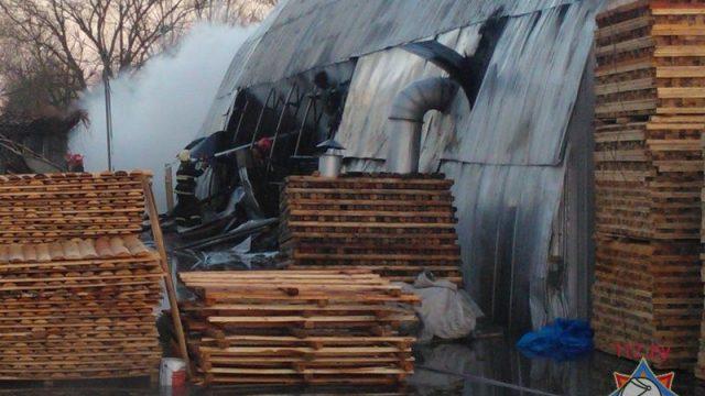 ЧПвБресте: сгорели два погрузчика, два станка ипродукция