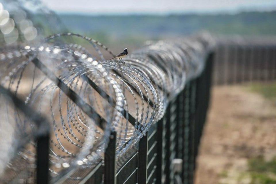 ВМинске назвали соответственным решение Латвии отгородиться забором