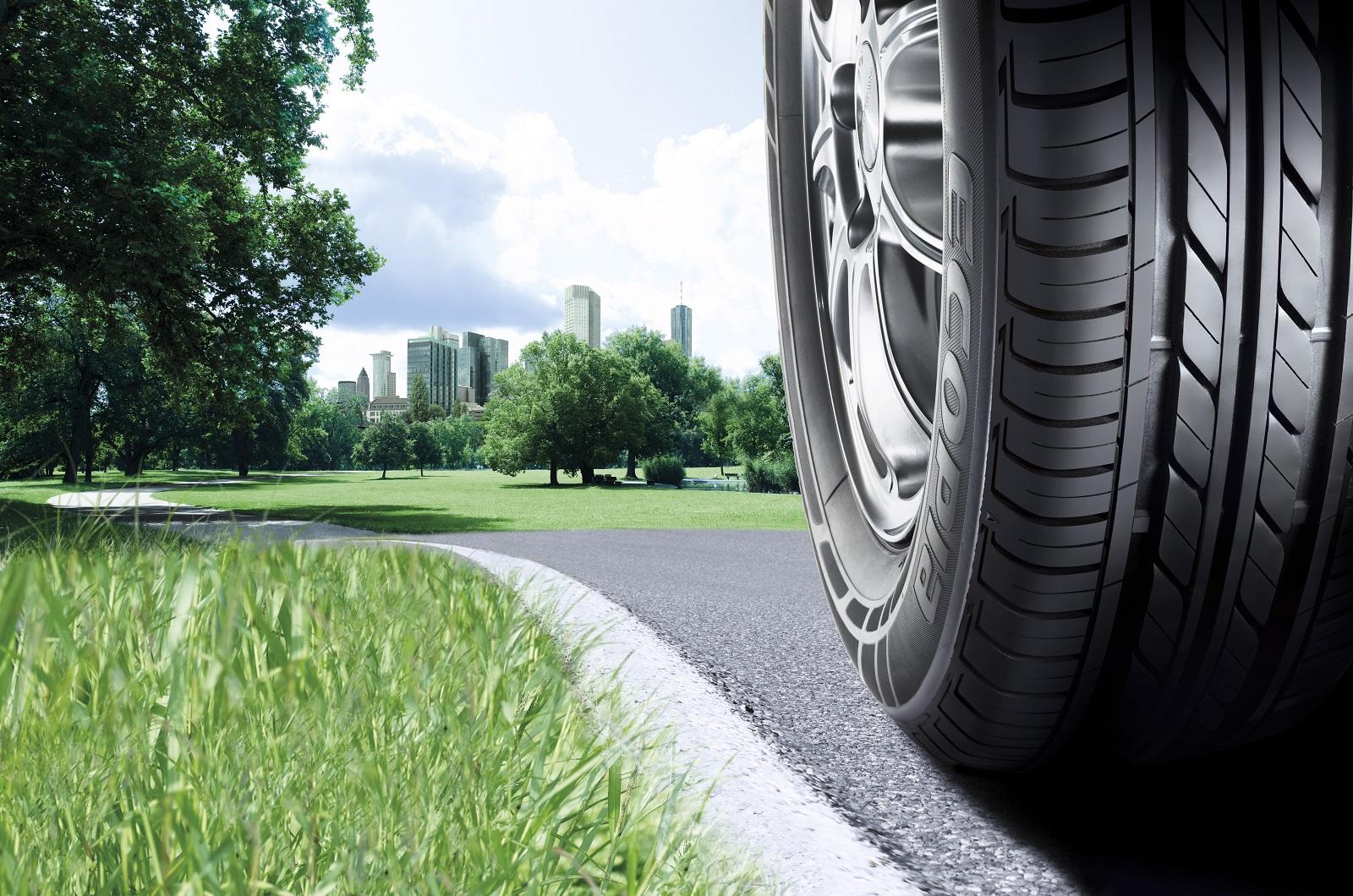 ГАИ: никто принуждать водителей менять летнюю резину назимнюю небудет