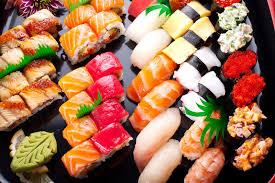 Fusion Sushi: вкусные суши для рядовых обедов и торжественных случаев