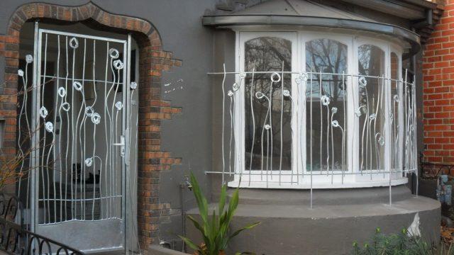 Решетки на окна – вариант защиты вашего дома