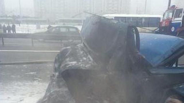 НаМКАД после столкновения сфурой умер шофёр легковушки