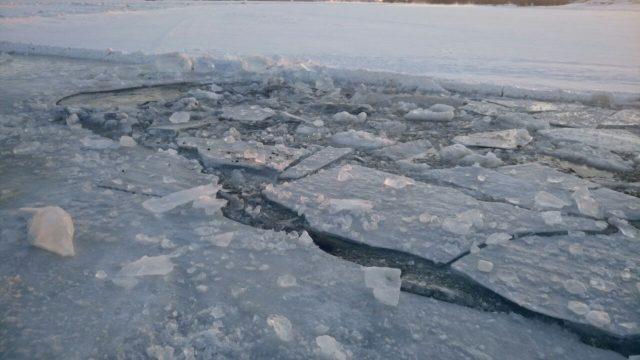 провалился под лёд