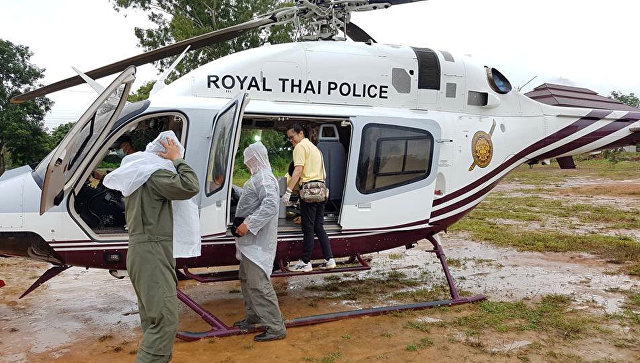 Вертолет в Тайланде