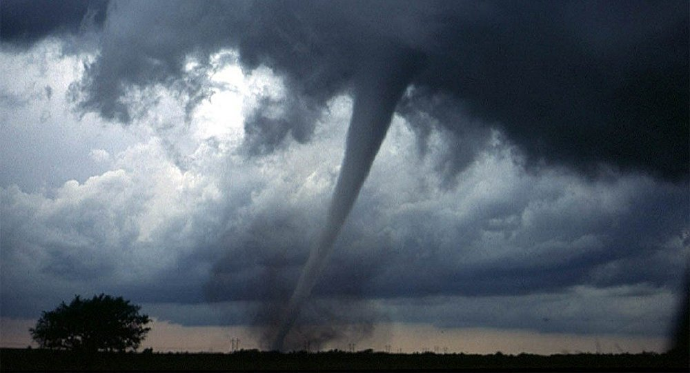 В Лиде опять заметили «почти торнадо»