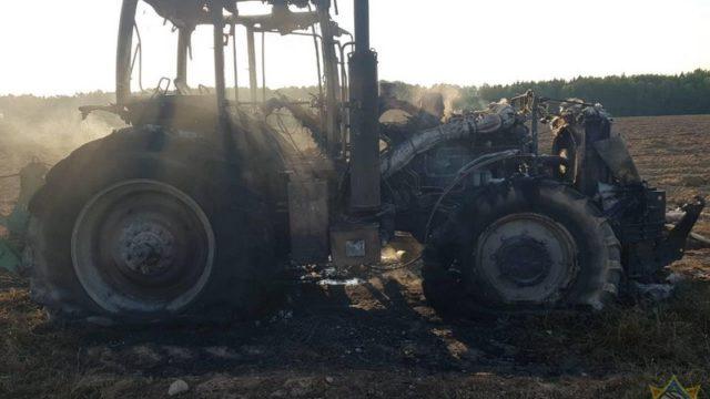 загорелся трактор